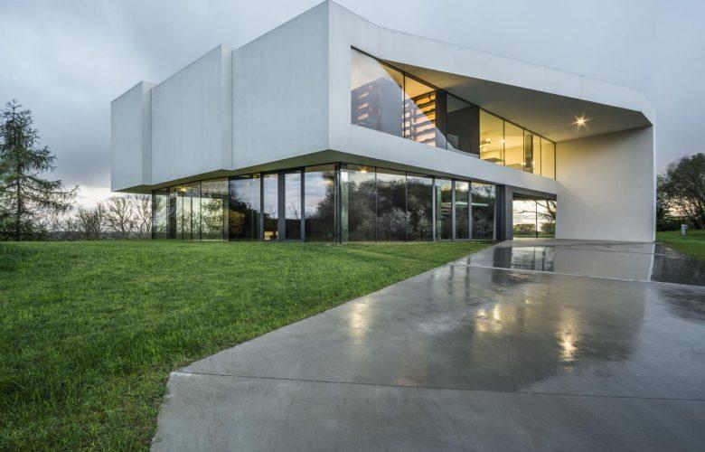 9 ترفند تبدیل معماری ساختمان جعبه ای به یک شاهکار معماری.